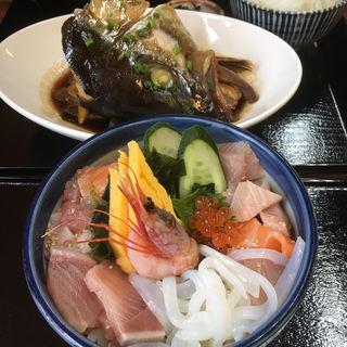 海鮮丼(海辺の里)