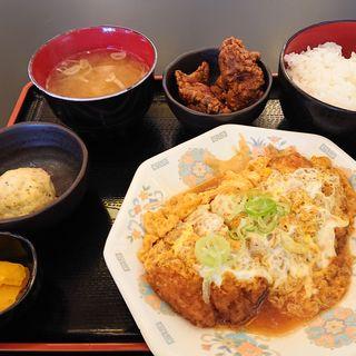 蕎麦屋のカツ煮定食(大衆昭和居酒屋 川崎の夕焼け一番星 川崎酒場)