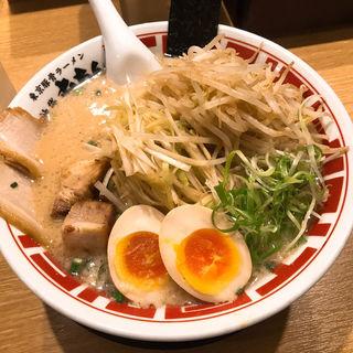 豚骨ラーメン チャシュ追加(屯ちん 新宿店 (とんちん))