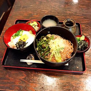 山菜おろしそば+ミニ山かけどん(いいづか・出雲そば )