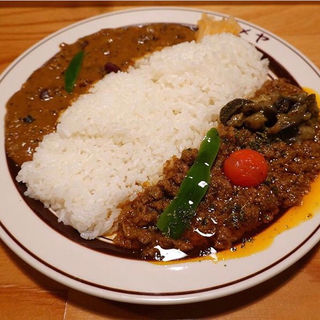 特製ラムキーマ+ラジマカリー(ダメヤ 薬院店)