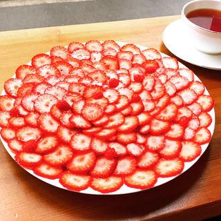苺のクレープ+ティー(かき氷研究所)