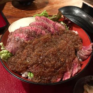 ハラミ丼(DININGあじと )