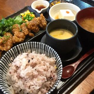 若鶏甘辛山椒定食(まるみ食堂 )