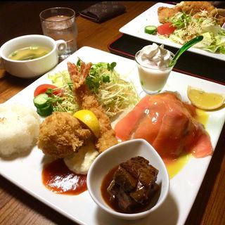 ワンプレートDX(洋食屋 (ヨウショクヤ))