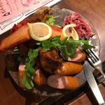 豚バル肉盛りプレート