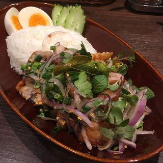 カオヤムガイトード(THAIFOOD DINING&BAR マイペンライ )
