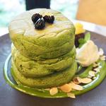 抹茶KYOTO店オリジナルパンケーキ(MICASADECO & CAFE KYOTO)