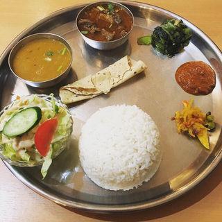 ダルバートセット(ネパール ミテリキッチンレストラン&バー)