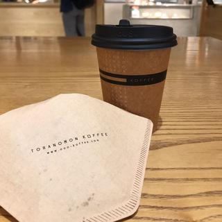 アイスカフェラテ(虎ノ門コーヒー (TORANOMON KOFFEE))