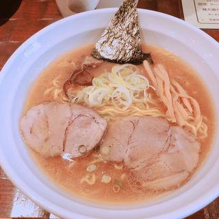 醤油らーめん(ラーメン 桜香)