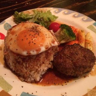 ハンバーグ定食(レッドロック 東店 )