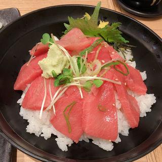 まぐろ中トロ丼(さかなやのmaru寿司 ルクア1100店 (サカナヤノマルスシ))