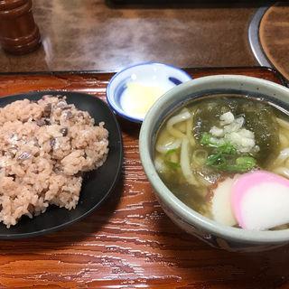 赤飯定食(ちから餅 花田店 )