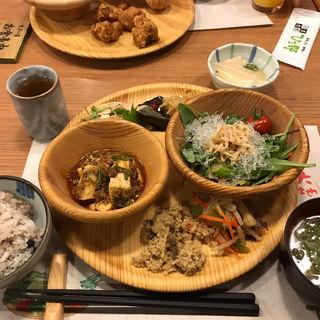 平日ランチバイキング(旬菜食健 ひな野 加古川店 (ひなの))