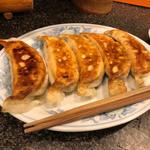 焼き餃子の老舗  たれなし餃子!tarenasigyoza
