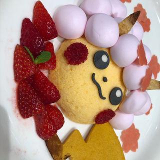 桜アフロのピカチュウのマシュマロケーキ(ポケモンカフェ)