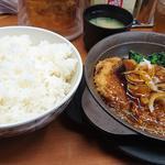 大メンチカツ焼鍋定食(ご飯特盛り)