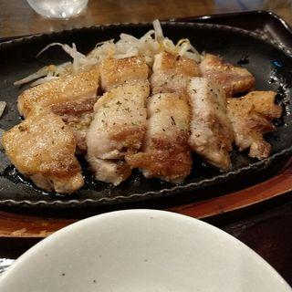 岩中豚ステーキ(夕煙 (ユウケブリ))