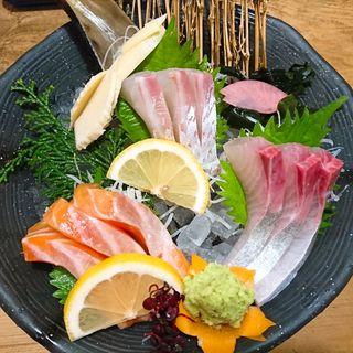 海鮮お造り盛り合わせ(3種)(炭火食彩の里 一休)