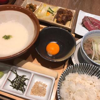 大和芋と山芋の麦とろ定食(熟成ハラミ付き)(炭焼牛たん東山ekie広島店)