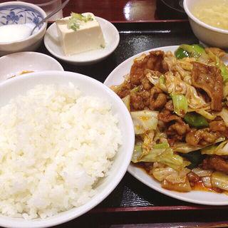 キャベツと豚肉の味噌炒めランチ