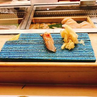 のどぐろの炙り握り(熊魚菴 たん熊北店 東京ドームホテル店 (ユウギョアン タンクマキタミセ))