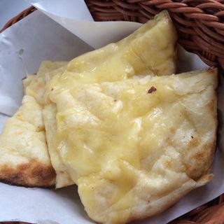 チーズナン(パシュパティ )