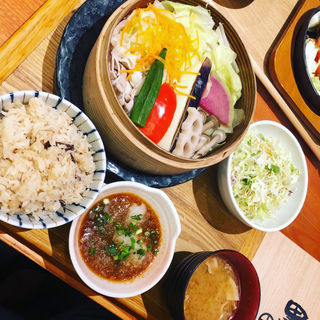 たっぷりお野菜のセイロ蒸しごはん(黒ぶたや ルミネ立川店 )