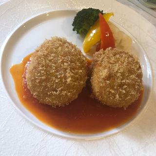 蟹クリームコロッケ(レストラン・グランド )