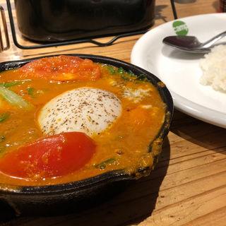 小松菜と半熟卵の南インド風カレー(Camp)