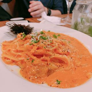 ウニクリームの生タリアテッレ(イタリアンバル Aoneco)