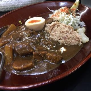 黒い肉カレー(カレーは飲み物)