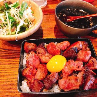 ゴロゴロサイコロの牛タンステーキ重 御膳(肉ダイニング まーさん )