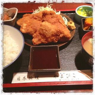 とりの唐揚げ定食(どんく)