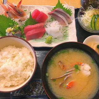 刺身定食 日替わりランチ(木)(魚がし料理 玄海寿司 本店)