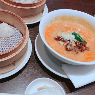 担々麺(JINDINROU)