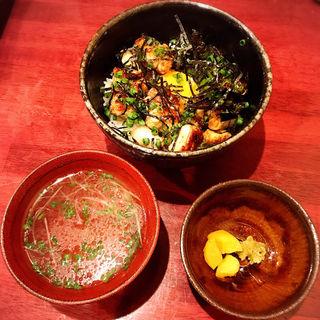 焼き鳥丼・鳥スープ(ソッタクイナムラ)