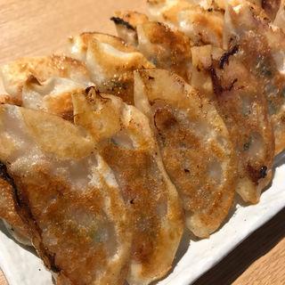 焼餃子(7ヶ)(餃子のたっちゃん 天神西通り店)