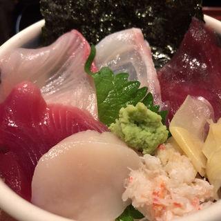 仙台浜丼(漁亭浜や エスパル店 (浜や))