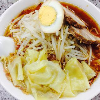 ワンタン麺(喜楽 (きらく))