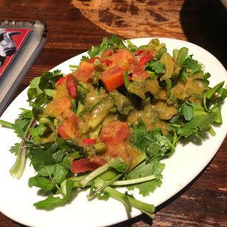 香菜サラダ(刀削麺園)