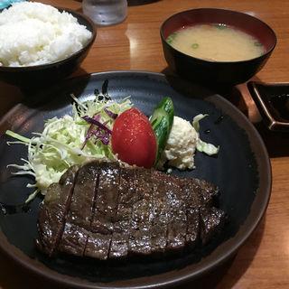 和風ステーキ定食(和風グリルまるひこ亭 )