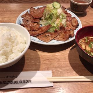 炭焼き定食(まつざか )
