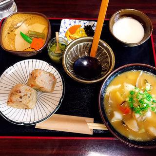 団子汁セット(庄屋 )