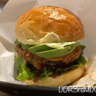 オリジナルハンバーガー(アボカドチーズ)(下野新聞 ニュースカフェ (NEWS CAFE))
