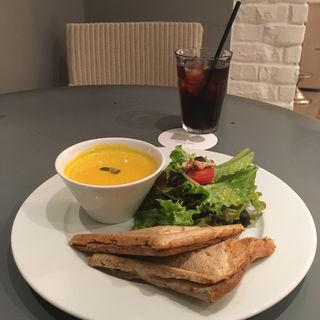 季節のスープとホットサンドセット(フォブコープ 京都店 (F.O.B COOP))