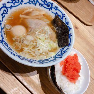 煮卵入り醤油ラーメン&明太子ご飯(月や 博多駅デイトス店)