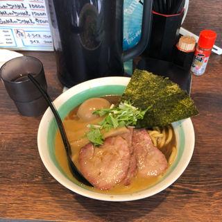 らぁめん(自家製麺 麺屋 利八)