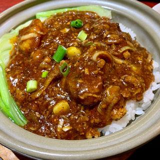 麻婆牡蠣土鍋ご飯(健康中華庵 青蓮 日本大通り店 )